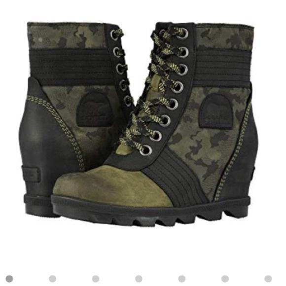 3b7dedde7d2f NWOT Sorel Lexie Wedge boot hiker green. M 5c041b36f63eeaee1ced229b